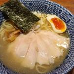 RYOMA本店 - とりチャーシューラーメン(塩味)
