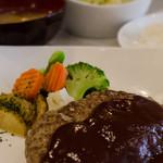喫茶まるゆ - 自家製ハンバーグ定食/ライス・サラダ・味噌汁