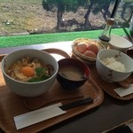 33593813 - 【2014年12月】左:純和鶏親子丼、右:たまごかけごはん。
