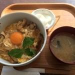 33593822 - 【2014年12月】純和鶏親子丼@720円。