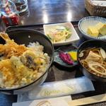 33596664 - 今日のランチ 天丼&わんこ蕎麦 550円