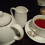 3360787 - ランチセットの紅茶