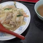 鈴蘭台一貫楼 - 中華丼