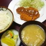 とんかつ 中堀 - ロースカツ定食 750円