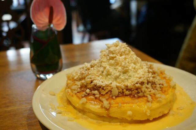 crisscross - マカダミアナッツのバターミルクパンケーキ
