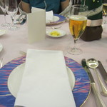 マリエラ - テーブル
