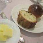 マリエラ - パン2種類