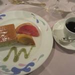マリエラ - デザートとコーヒー