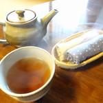 かふぇ ごじんや - ほうじ茶