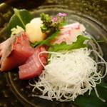 アスヘノトビラ - 旬の鮮魚お刺身3種?盛り