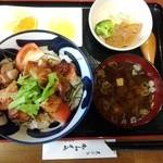 かわせみ - とりトマ丼、サッパリした味で美味しかったです。