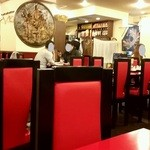永利 - 広々とした中国料理屋さんならではの内観