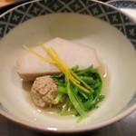 日本料理 太月 - 26年12月 炊き合わせ 京海老芋、合鴨、はり柚子、京水菜