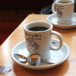コメダ珈琲店 - ドリンク写真:ブレンドコーヒ