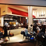 ライトカフェ - 土・日・祝日は凄い待ちがあります。画面左端で順番の受付をして待ちます。