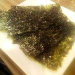 立ち呑み処 ボヤキ - 「韓国のり」味はノーマル。少しワイルドな感じ。