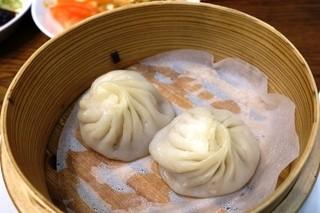 中国料理あんり 小金店 - 小籠包2個