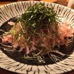 あい田 - 揚げシラスと玉ねぎのの和風サラダ
