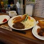 かめや - Aランチ¥950+追加メニュー、ハムチーズカツ¥110、ウインナーフライ¥110