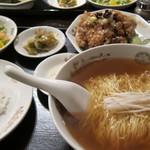 ajinochuukahagoromo - ランチ 羽衣麺と鶏肉唐揚げ、ご飯セット1000円