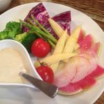 ワイン食堂 Sole - バーニャカウダサラダ