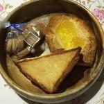 33641054 - おやつパン購入しました♬