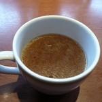 ロイヤル羽生洋食軒 - すべてのメニューにスープ付き この日はオニオンスープ
