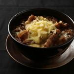 武士道 - 【期間限定チーズトッピング】チーズを炙ってとろとろに!武士道メニューをさらに美味しく召し上がれ!