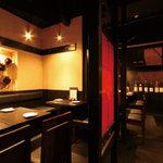 赤坂串物屋 - ご宴会は最大20名様!8名様までの半個室もございます♪