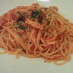 ドン・ピエトラ - ベーコンとソーセージのトマトパスタ