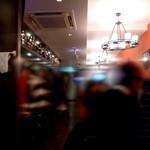 串鳥のワイン酒場 TANTO - 店内