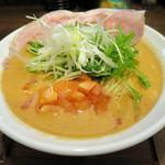 麺 チキンヒーロー - トマトラーメン