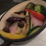 ケラケラ ヴィータ - 彩り野菜の窯焼き680円