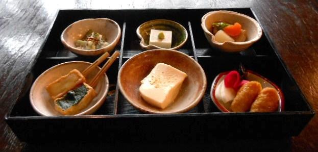 手打ち蕎麦 繁 - お豆腐の膳 6品の豆腐料理