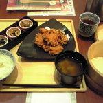 四六時中 - 桜島鶏の唐揚げ定食