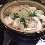 糀や仁太郎 - 牡蠣鍋 糀ベースのスープ