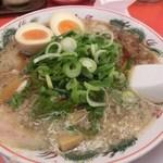 ラーメン魁力屋 - 特製醤油味玉ラーメン(750円→税込み810円)