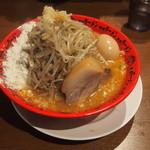 野郎ラーメン - 味噌野郎+味玉+チーズ