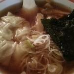 ダイニング 麺夢や - 醤油味ワンタンメン アップ ① 2014.12