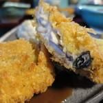 笹の葉 - 大和芋と舞茸の牡蠣見たてアップ