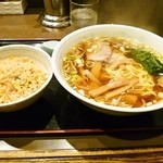 らーめん亭 - ラーメン&半チャーハン¥1000