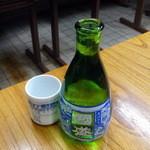 さか本そば店 - 日本酒400円