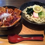 syokudo ぱくり亭 - 大ぶた丼