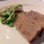 菜園ブッフェ ダブラ - おから入りミートローフ、キャベツのペペロチーノ