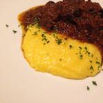 トラットリア ピノ - 丹波産イノシシとオリーブの煮込み