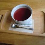 モノイレ カフェ - ローズヒップティー 450円