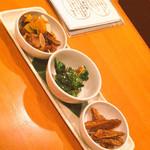 33690340 - 京風女子会コース¥3500                       おばんざい3種(左:かぼちゃと紫芋とアーモンド 中:菜の花 右:ごぼう)