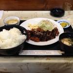 ふじおか物豆奇 - 料理写真:みそかつ定食\850+大盛り\100