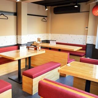 ◆2Fはグループでのご利用にピッタリのテーブル席をご用意!