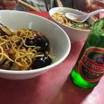 味仙 矢場店 - ナスメンと台湾ラーメン 青島ビール